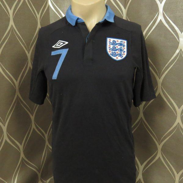 England 2011-12 away shirt Umbro soccer jersey Walcott 7 size S EURO 2012 (7)