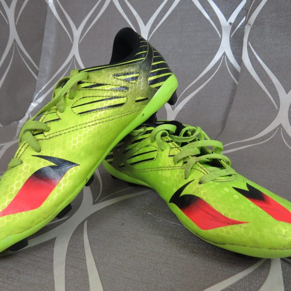 Adidas Ace Messi 15.4 FXG Boys lime green Football BOOTS FG UK5 EU 38 (1)