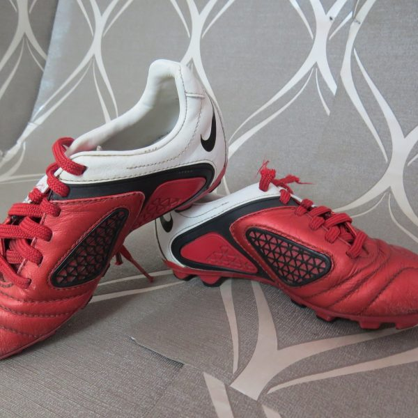 Nike CTR360 Red White 2010 Football Boots size UK C 12 (EU 30 US 12.5) (5)