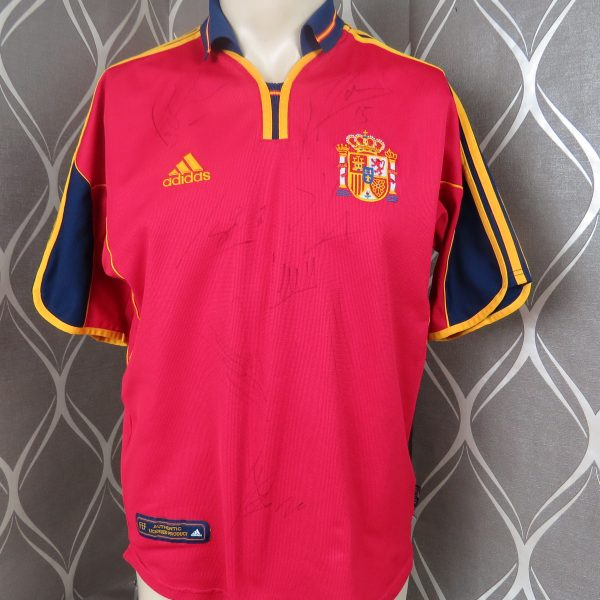 Spain 2000-02 home shirt adidas soccer jersey size M (Euro 2000) 8 signatures (1)