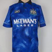 Newcastle United 1993 95 away shirt adidas jersey Beardsley 8 size S (1)