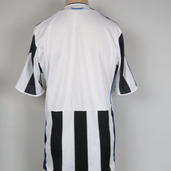 Newcastle United 2009-10 home shirt adidas soccer jersey size M (2)