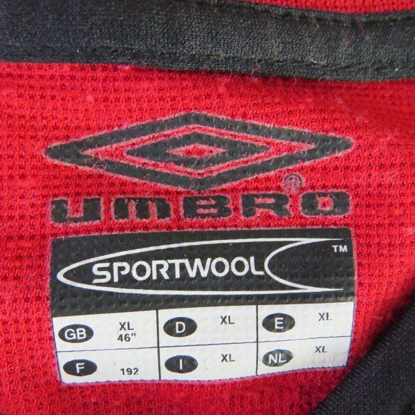 Manchester United 2000-01 home shirt Umbro soccer jersey Johnsen 5 size XL (2)