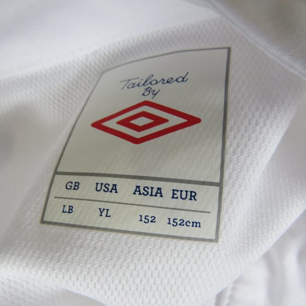 Linfield 2012-13 away shirt Umbro soccer jersey size Boys L 152cm BNWT (4)