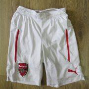 Arsenal 2014-15 home shorts Puma size 140cm 10Y (1)