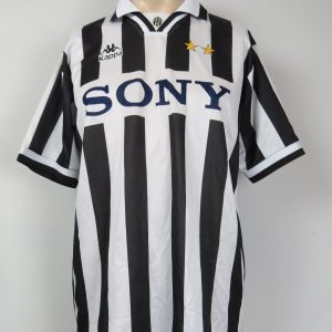 18997e9b4 Juventus 1995-97 home shirt Kappa soccer jersey size XL