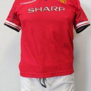 Manchester United 1998-00 Home kit shirt shorts UMBRO 158 Boys L 13Y (4)