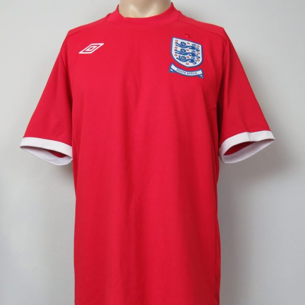 England 2010 World Cup South Africa away shirt Umbro size 44 L (1)