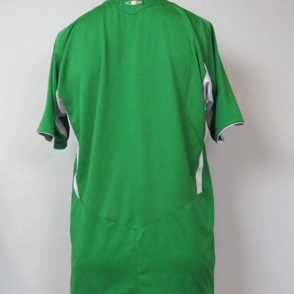 size 40 abcb1 b140f Ireland 2008-10 home shirt Umbro soccer jersey size M