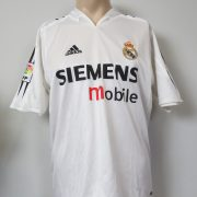 Real Madrid 2004-05 home shirt adidas soccer jersey size M (1)