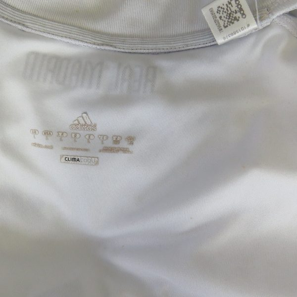 Real Madrid 2010-11 home shirt adidas soccer jersey size L (3)