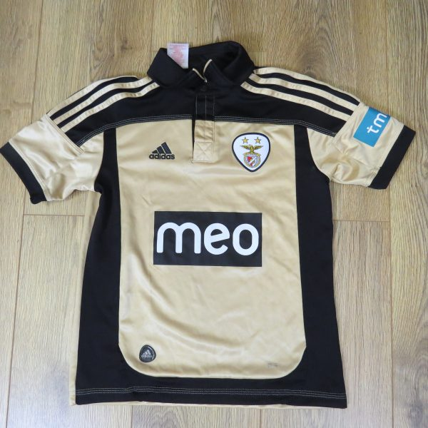 Benfica 2011-12 away shirt Adidas soccer jersey size 9-10Y 140 Boys S (1)