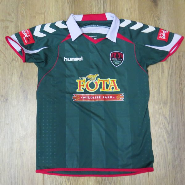 Cork City 2010-11 home shirt Hummel jersey 152cm Boys M 12Y (1)