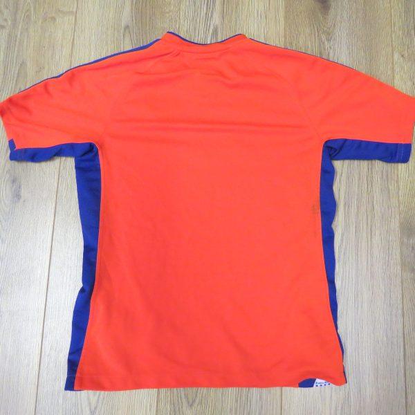 Linfield 2010-11 away shirt Umbro soccer jersey size Boys L 152cm (2)