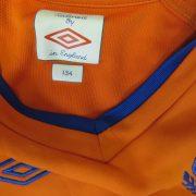 Linfield 2010-11 away shirt Umbro soccer jersey size Boys S 134cm