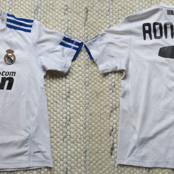 best service bd95e f71ae Real Madrid 2010-11 LFP home shirt adidas Ronaldo 7 Boys S 9-10Y 140cm