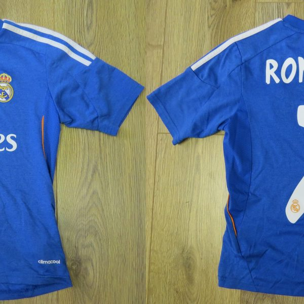 brand new b6f07 efe5d Real Madrid 2013-14 away shirt adidas Ronaldo 7 size Boys S 140cm 9-10Y