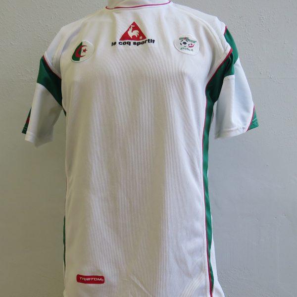 Algeria 2005-06 home shirt Le Coq Antar Yahia 21 soccer jersey size L (1)