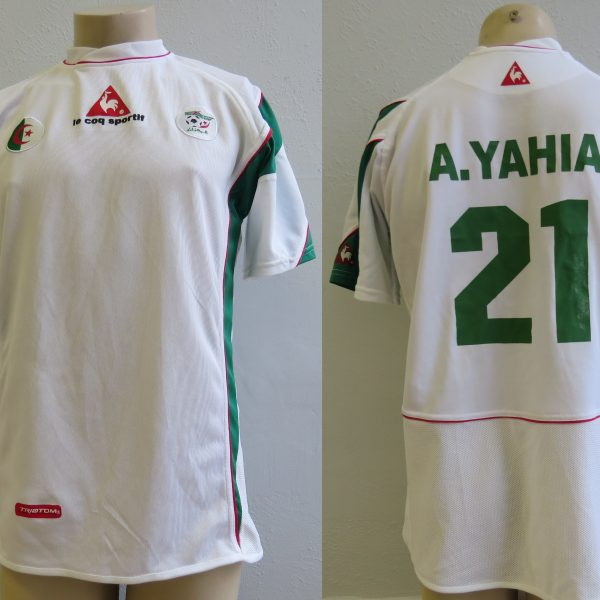 Algeria 2005-06 home shirt Le Coq Antar Yahia 21 soccer jersey size L
