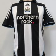 Newcastle United 2007-09 home shirt adidas Clima365 soccer jersey Taylor 27 size S (1)