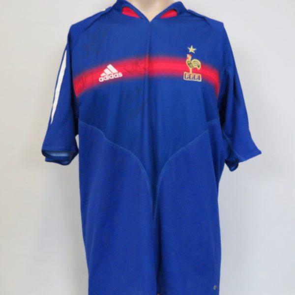 Vintage France 2004-06 home shirt adidas size L Euro 2004 4 signatures Zidane Barthez (1)