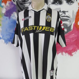 0e7b1d0ec Vintage Juventus 2001-02 home shirt Lotto soccer jersey size L
