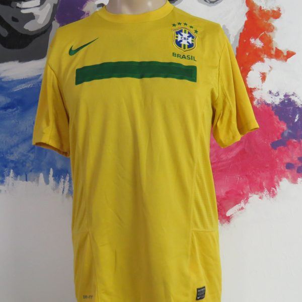 Brazil 2011 home shirt Nike Brasil jersey size M Copa America (1)