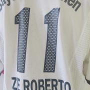 Bayern Munich 2002-03 away shirt adidas soccer jersey Ze Roberto #11 size L (5)
