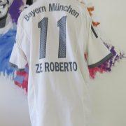 Bayern Munich 2002-03 away shirt adidas soccer jersey Ze Roberto #11 size L (6)