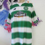 Celtic 2015-16 home shirt New Balance soccer jersey size XL hoops green white (1)