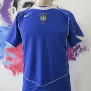 Brazil 2004 2005 2006 away shirt NIKE soccer jersey size Boys L 152-158cm (2)