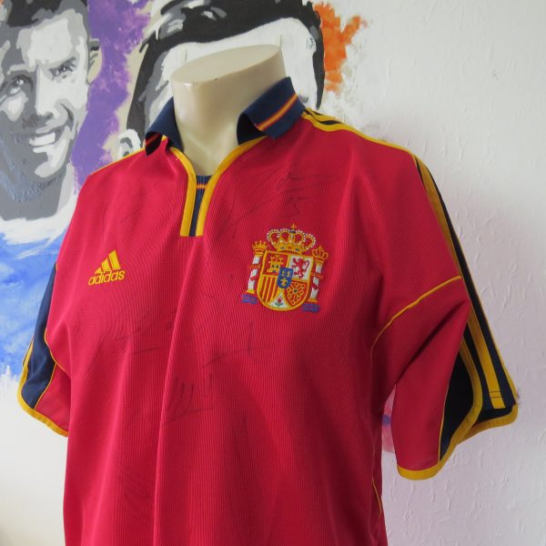 Spain 2000 signed (1)