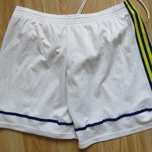 Vintage Fenerbahce 1997 1998 home lined shorts adidas size 36 L (2)