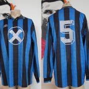 Vintage Umbro 1990ies football shirt #5 Long sleeve size L
