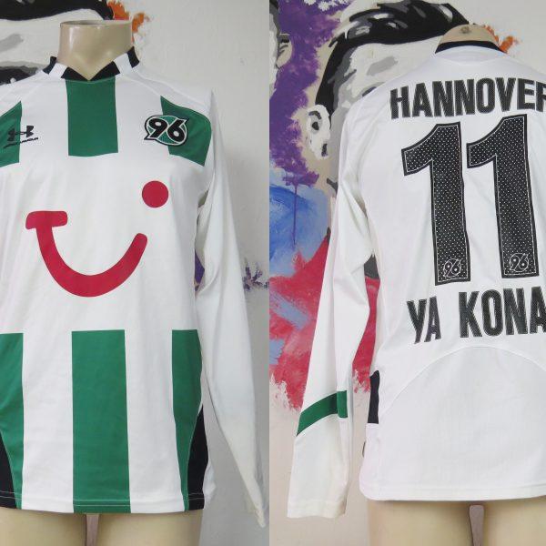 Hannover 96 2009 2010 player away shirt Ya Konan #11 size S Under Armour (1)