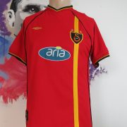 Vintage Galatasaray 2002 2003 home shirt Umbro soccer jersey size XS (1)