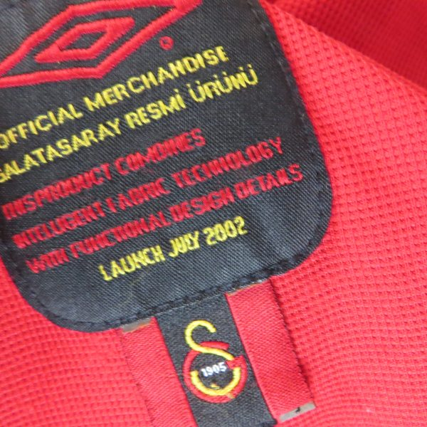Vintage Galatasaray 2002 2003 home shirt Umbro soccer jersey size XS (4)