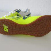 New Balance yellow indoor football boot size US 9.5 UK9 EU 43 NEW (2)