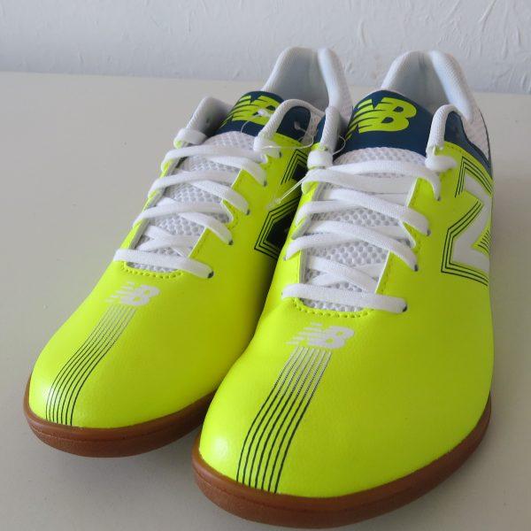 New Balance yellow indoor football boot size US 9.5 UK9 EU 43 NEW (5)