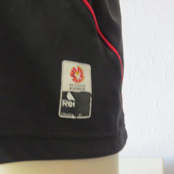 Vintage Adelaide United 2010 away shirt Leckie 19 Reebok soccer jersey size L (2)