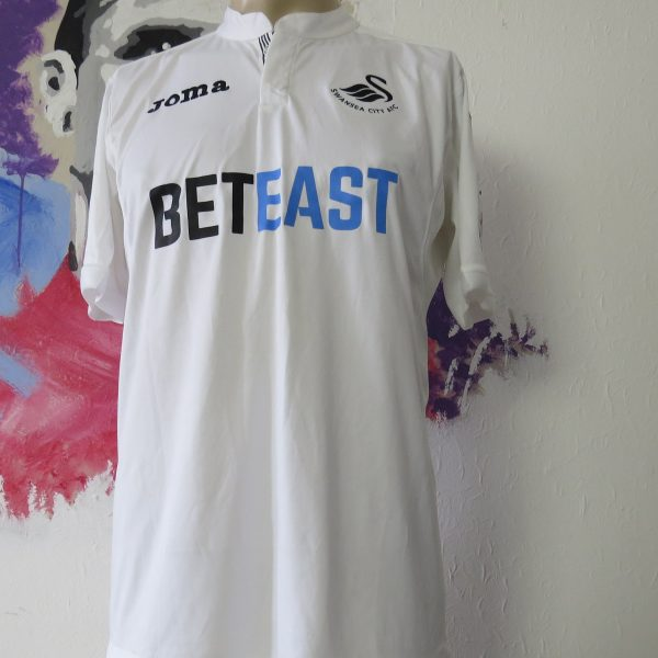 Match worn SWANSEA City 2016 2017 EPL home shirt Sigurdsson 23 dirty (1)