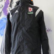 Middlesbrough 2014 2015 rain jacket shirt adidas size 15-16Y 176cm (3)