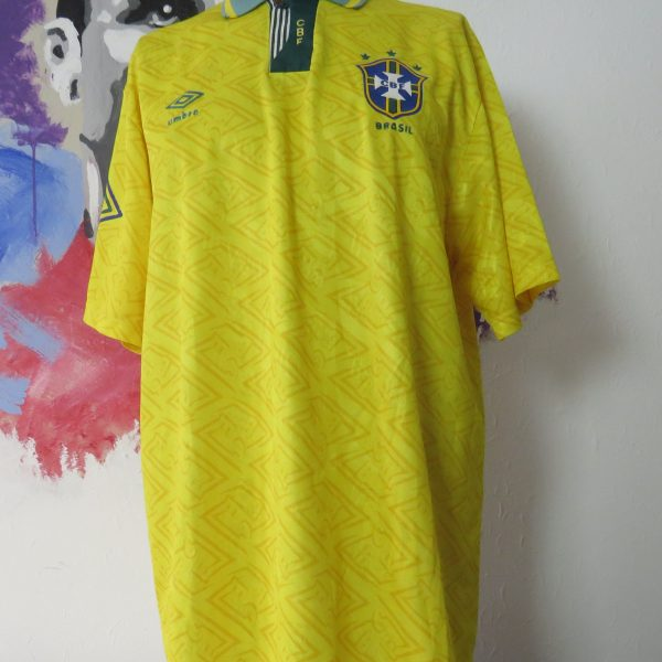 Vintage Brazil 1991 1992 1993 home shirt Umbro jersey Brasil size XL (1)