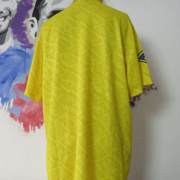 Vintage Brazil 1991 1992 1993 home shirt Umbro jersey Brasil size XL (2)