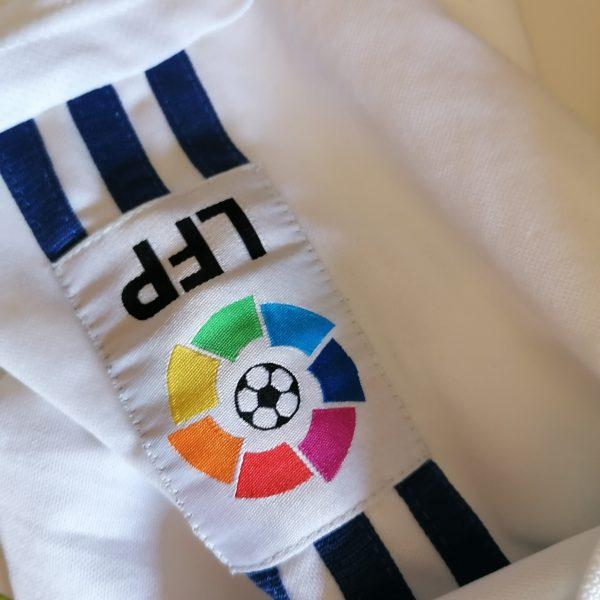 Vintage Real Madrid 2001 home shirt adidas football top size S (3)