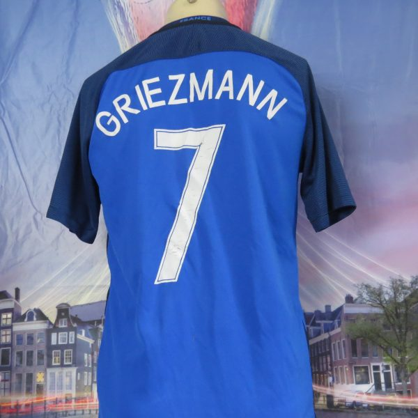 France EURO 2016 2017 home shirt Nike football top maillot Griezmann 7 size M (1)