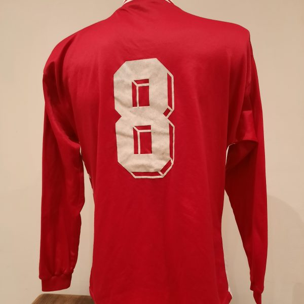 Vintage Adidas 1990ies red German ls amateur team football shirt #8 size L (2)