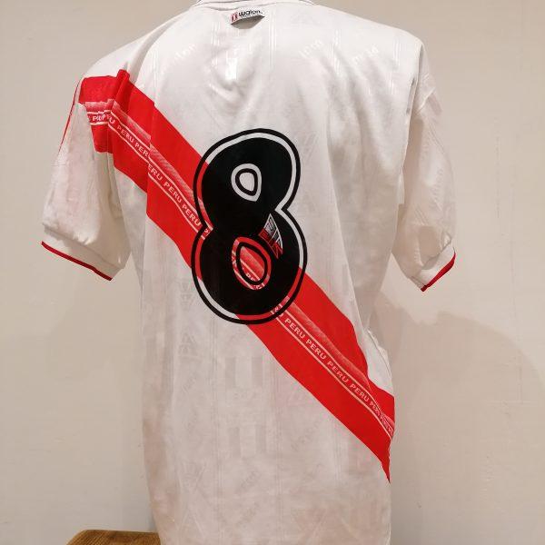 Vintage Peru Gold Cup 2000 Copa America 2001 2002 home shirt Walon size XL (2)