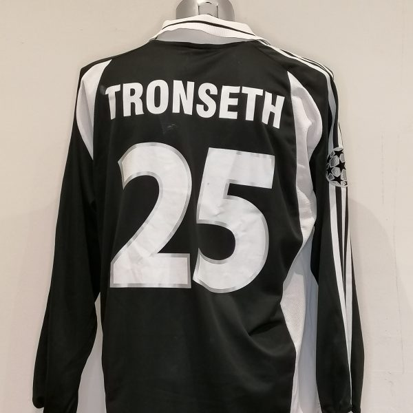 Match worn issue Rosenborg BK 2000 Champions league away shirt Tronseth 25 (5)