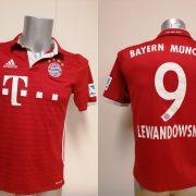 Bayern Munchen 2016 2017 home shirt adidas Lewandowski 9 Boys XL 1516Y 176